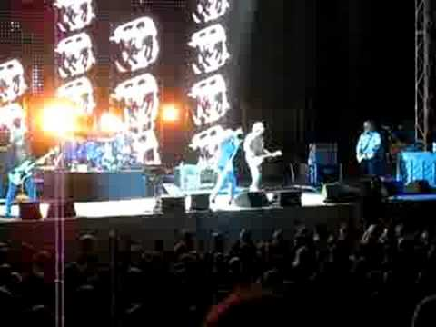 Supernatural Superserious - Live R.E.M.