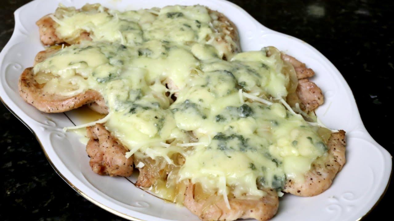 Cocinar Filetes De Pavo | Filetes De Pavo Con Quesos Y Cebolla Caramelizada Youtube