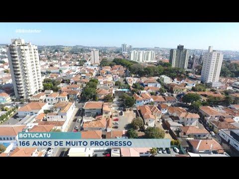 Botucatu comemora 166 anos e aponta crescimento em vagas de