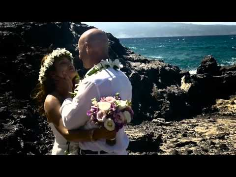 Beach Wedding on Maui 2016 with Rev. Diana George
