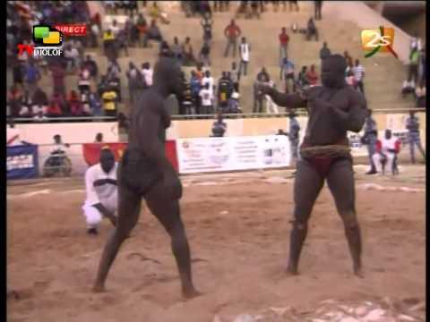 PAPIS GENERAL VS DOMOU DIALAW: Le grand combat final