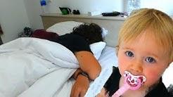 Baby Melissa reveille Alicia & julian -  Morning Routine vacance