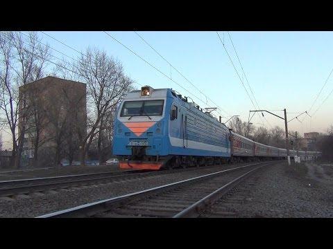 Электровоз ЭП1М-656 с поездом №198 Иркутск — Кисловодск