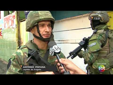 SBT acompanha a atuação dos fuzileiros navais na Rocinha