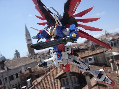 Destiny gundam RG 1/144 posings by lightning ace