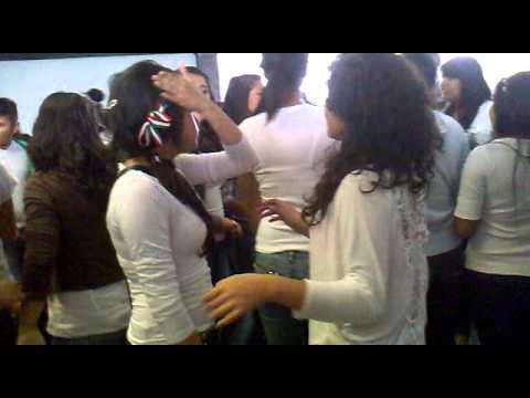 Alumnas en la escuela - 1 part 10