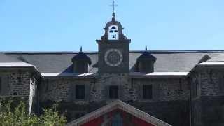 The Bells of Notre-Dame - La Basilique Notre-Dame de Montréal at Noon