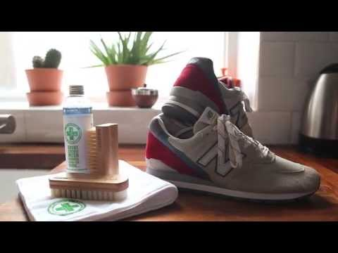 SneakersER /  How To Clean Your Sneakers