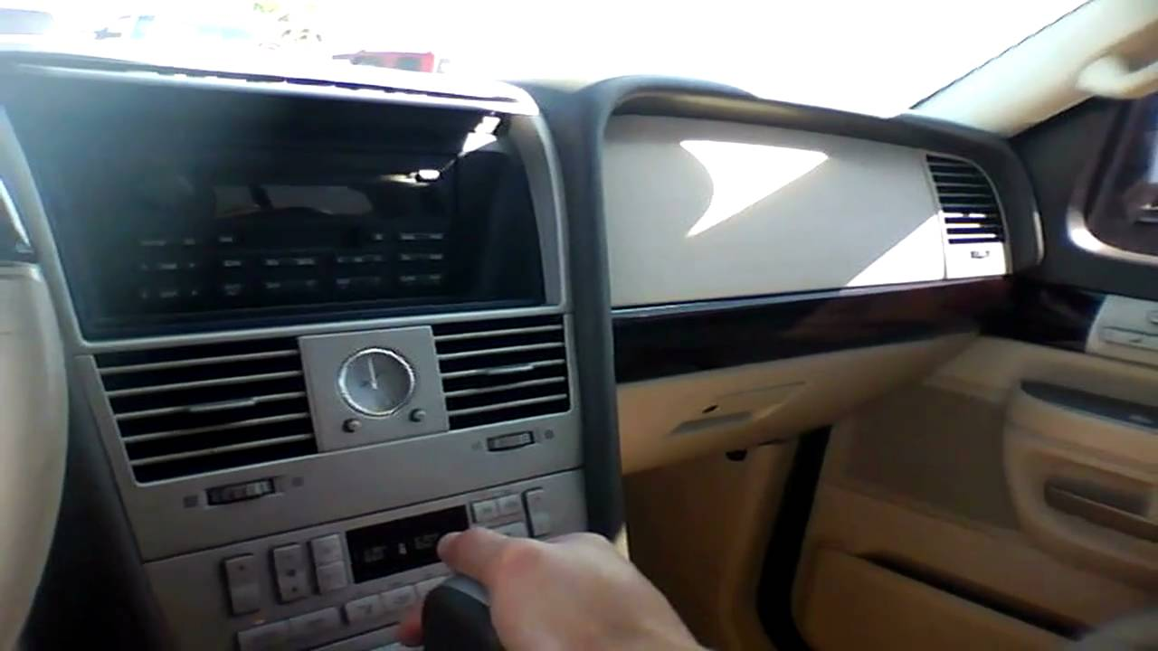 2004 lincoln aviator quick tour start up rev with. Black Bedroom Furniture Sets. Home Design Ideas