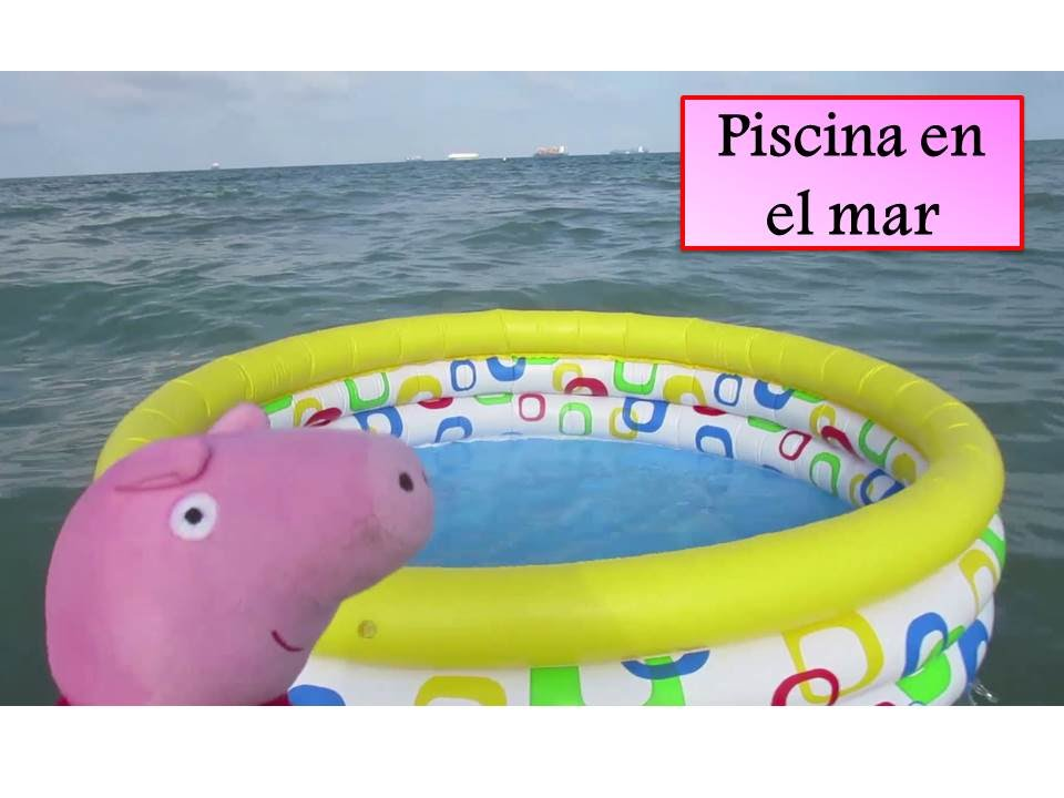 Peppa pig se ba a con una piscina en la playa v deos de for Peppa pig en la piscina