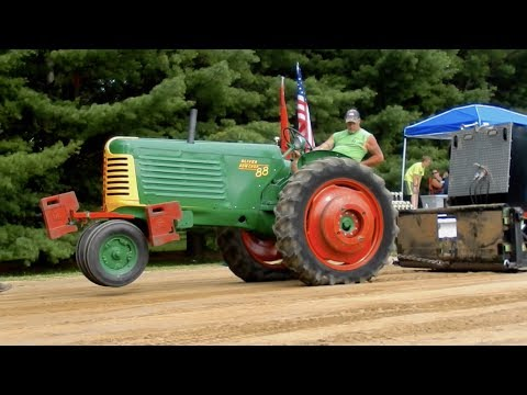 Antique Tractor Pull - Durand, IL July 4th, 2017