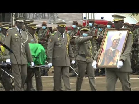 Mali holds state funeral for former dictator Moussa Traoré - YouTube