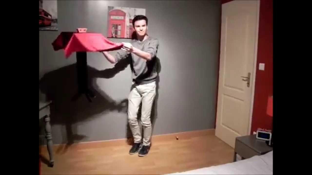 Magie la table volante floating table  fabrication maison  YouTube