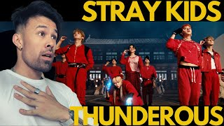 STRAY KIDS THUNDEROUS REACTION - WHAT??!! ( 소리꾼 )