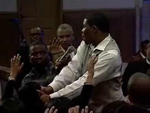 Brian Carn Prophesying through The Holy Ghost (1)