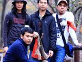 Download CERMIN BAND - SAHABAT SEJATI MP3 song and Music Video