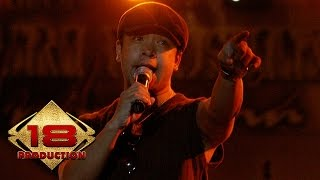 TOFU - Cinta Abadi (Live Konser Sawahlunto Sumatera Barat  23 Juli 2006)