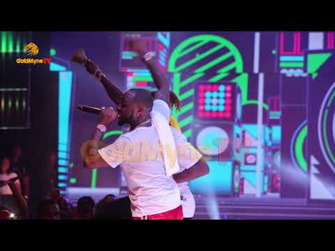 TERRY G'S PERFORMANCE AT DAVIDO'S 30 BILLION CONCERT