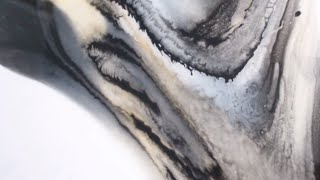 How To Create Abstract Canvas Art With Resin - Great For Beginners!