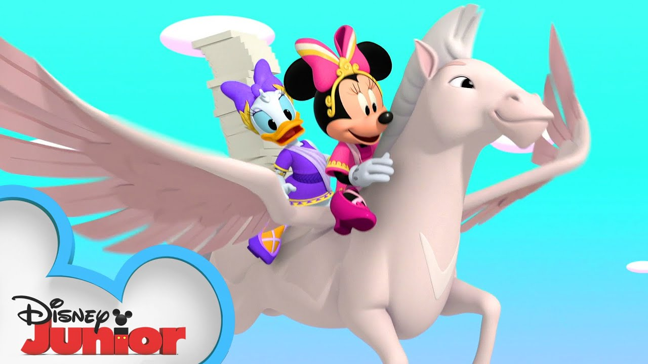 Minnie's Big Delivery 🍕  Mickey Mouse Funhouse   @Disney Junior