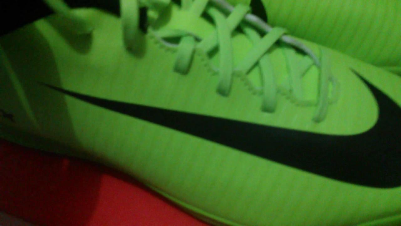 7077b238b35ad Review chuteira Nike mercurial vortex III Ic verde e preta futsal ...