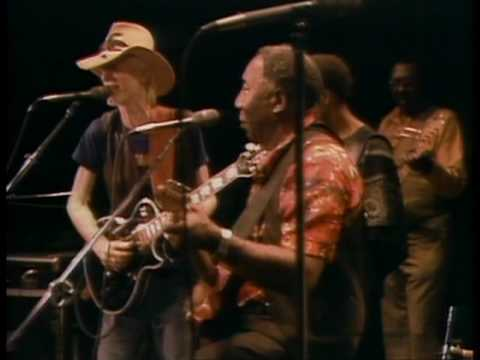Muddy Waters - You've Got To Love Her With A Feeling - ChicagoFest 1981 mp3