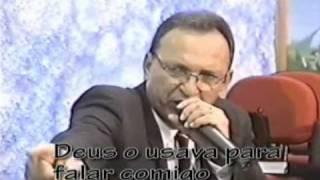 Pr. Napoleão - Entregando profecia confirmando a chamada do Pr. Ricardo Santana