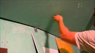 видео Первый Слой Шпаклёвки на Гипсокартоне. Потолок. Как это Делаю я .