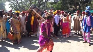 bharat punjabi dhol wala & bhangra dancers & D J sound  nitinbedi 9892833280