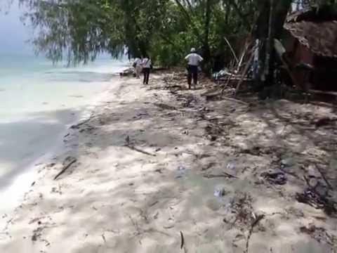 Kapota Island in Wakatobi (Indonesia) where trash from passing ships ends up.