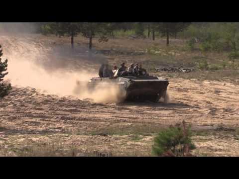 Tanks offroading - BVP 1, T-72