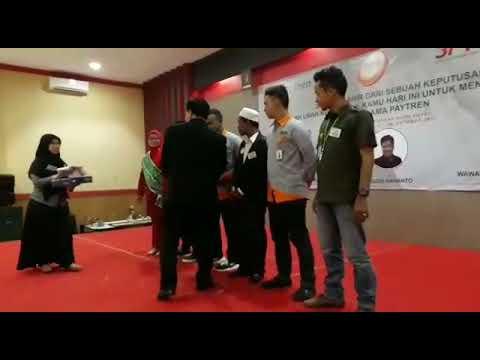 Penyematan Pita Leader PayTren Aceh Tahun 2017. Grand Aceh Hotel Syari'ah.
