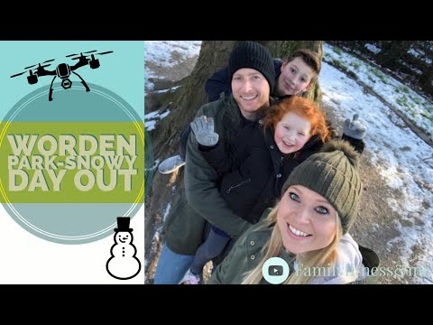 Worden Park-Snowy Day Out ☃️ WE LOST MUMMY IN THE MAZE!!