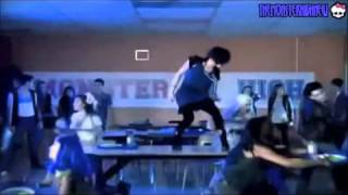 песня монстр хай на русском языке старый клип :з
