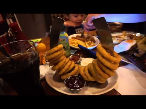 Vlog#75 We had dinner at the Pub (Hungry Horse Pub)