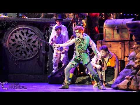 Peter Pan, O Musical - Embate de Peter Pan e Capitão Gancho