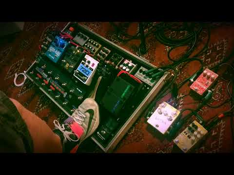 Kafka Lo-Fi Reverb Pedal by Orion Effekte with an entire pedalboard in the FX Loop.