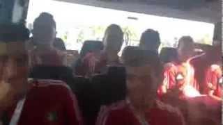 لاعبوا المنتخب الوطني المغربي للشبان يغنون la grande storia