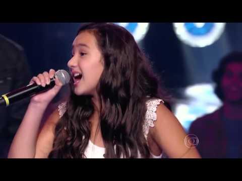 Robert Lucas, Kailane Frauches e Matheus Quirino cantam 'Quando a Chuva Passar' no The Voice Kids