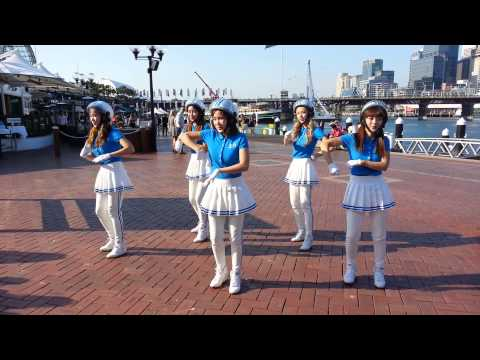 [FANCAM] Crayon Pop - Dancing Queen @ Darling Harbour