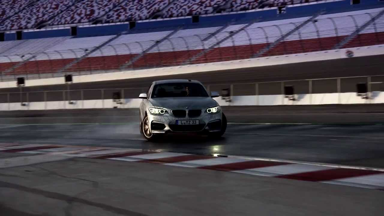 Bmw Prototype Is World S First Self Drifting Car Official