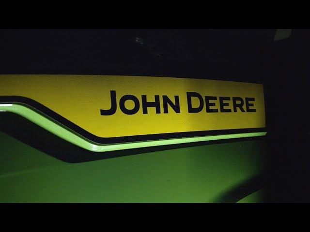8R Series Teaser 2019 - John Deere