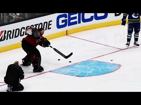 Gotta See It: Smith threads the needle during Four Line challenge