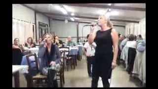 QdK Karaoke: Angela canta