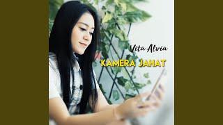Download lagu Kamera Jahat