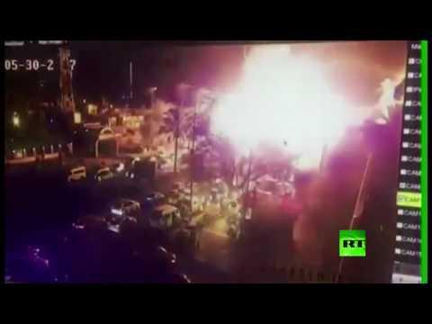 لحظة التفجير الإرهابي في منطقة الكرادة وسط بغداد