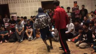 Bboy Twistmonk vs Bboy Tornado( Junky Stylz Crew, Mumbai) | Sweat It Out Delhi