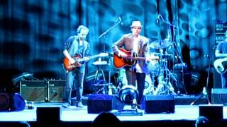 "John Hiatt ""Feels Like Rain"" (Madrid 2012)"
