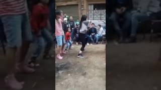 بنت ترقص شعبي على مهرجان الهلي بلي رقص دق وتكسير