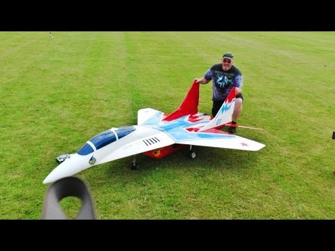 "GIANT 1/4.8 SCALE RC MIKOYAN MIG-29 UB ""FULCRUM"" - WORLDS BIGGEST - LMA RAF COSFORD AIRSHOW - 2016"